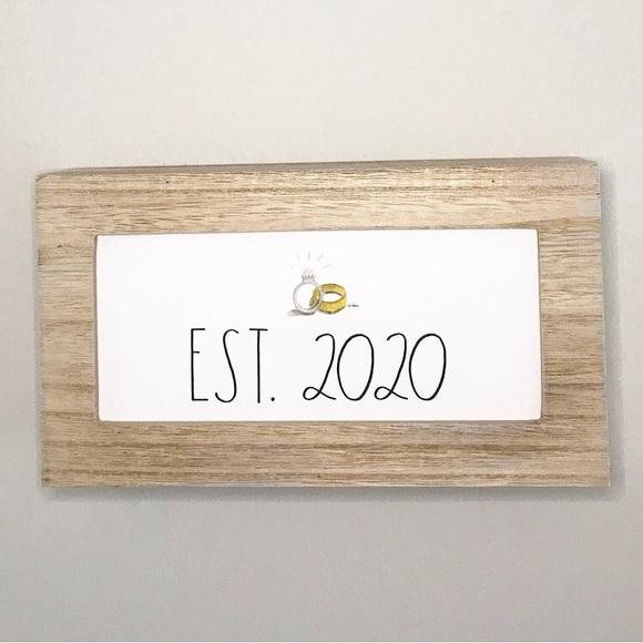 SOLD 💍 EST 2020 Sign